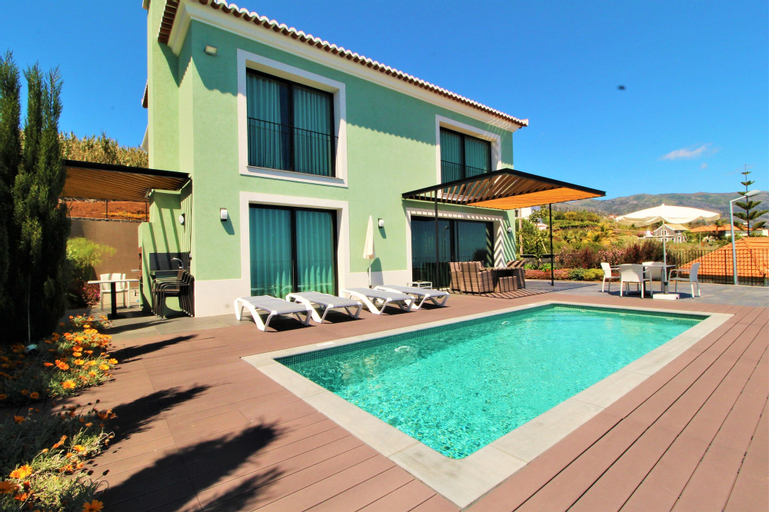 Green Eden Villa 5 Stars With Pool, Calheta