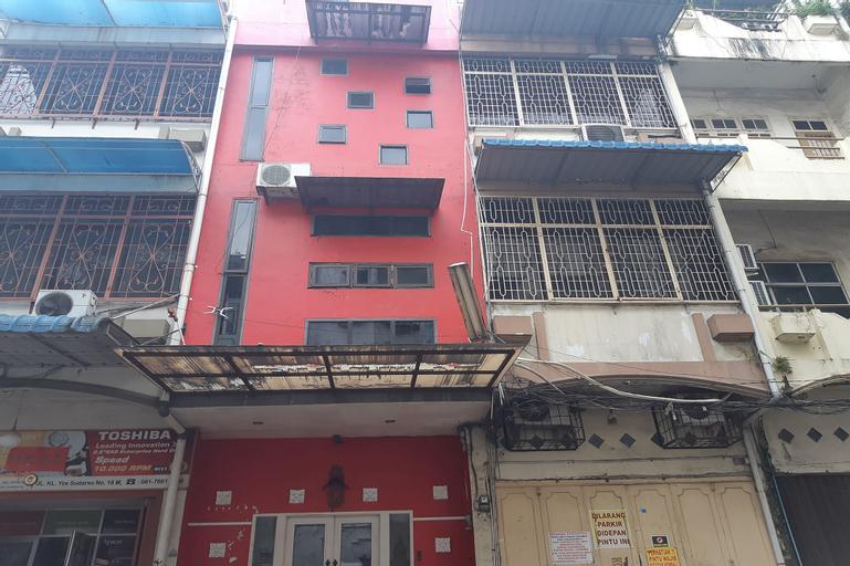OYO 1820 BABA Home, Medan