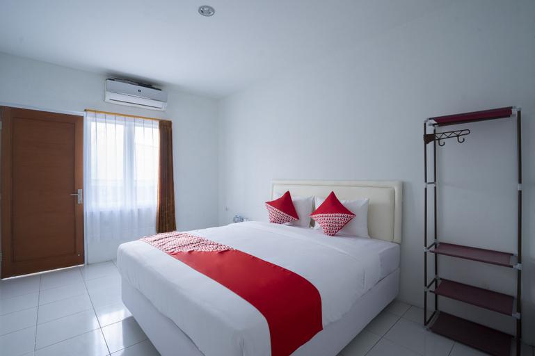 OYO 2189 Rossan Villa 3 Kazanan, Bandung