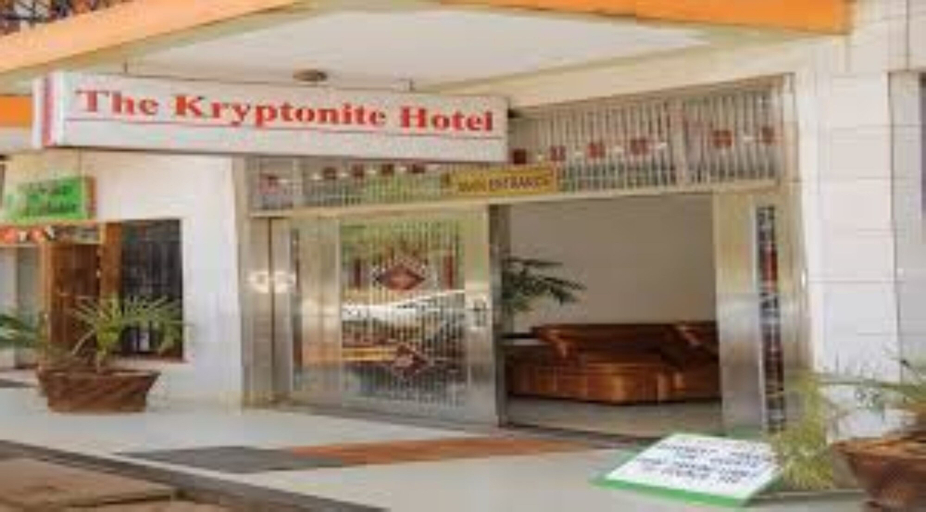The Kryptonite Hotel, Manyatta