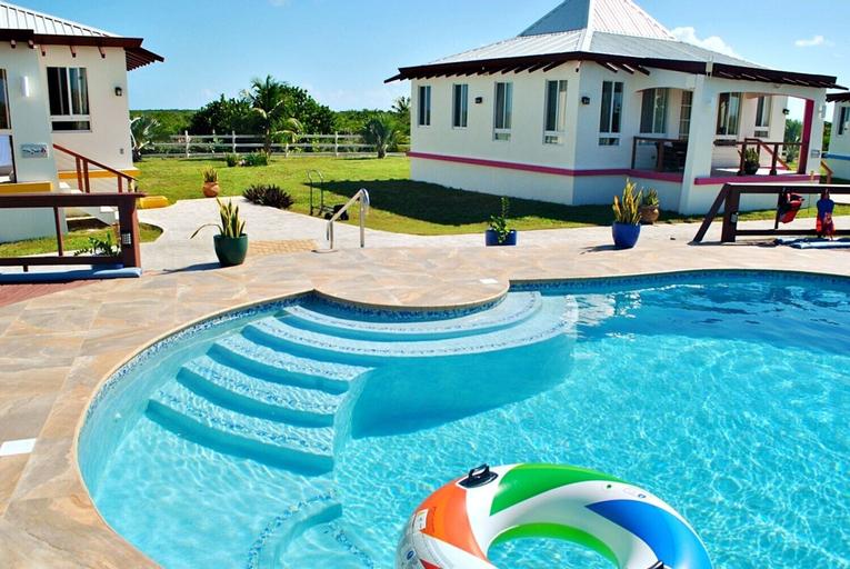 Four Diamonds Park Villas,