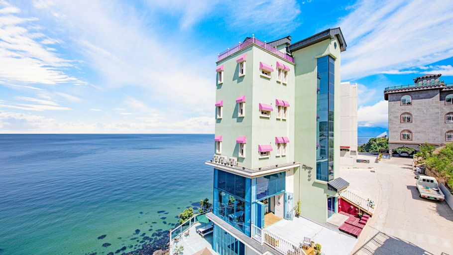 Blue Sea Pension, Samcheok