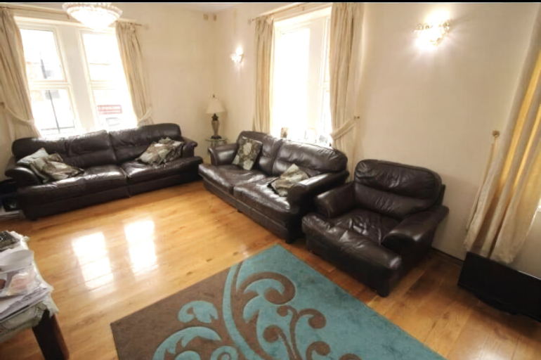 Remarkable 4-bed Apartment, Newcastle upon Tyne