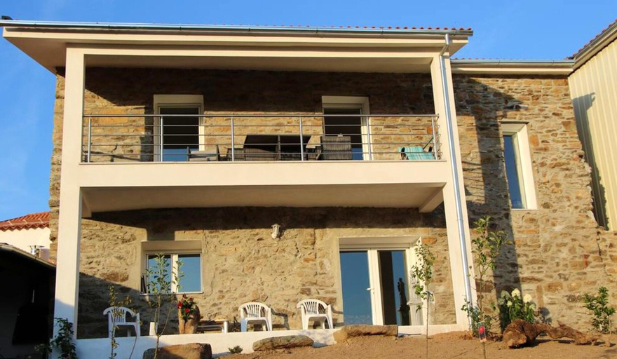 House With 2 Bedrooms in Faílde, With Enclosed Garden - 17 km From the Beach, Bragança