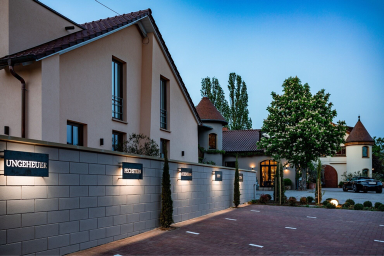 Weingut & Landhotel Lucashof, Bad Dürkheim