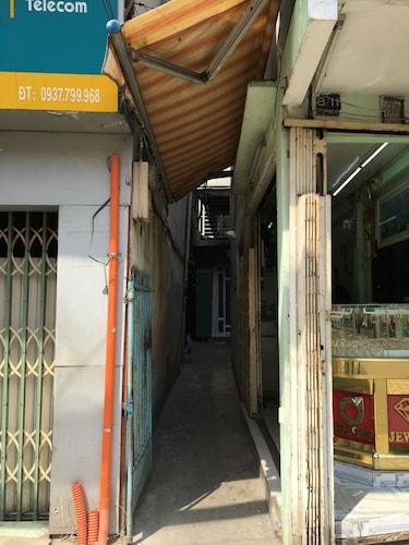 Linh Homestay, Quận 1
