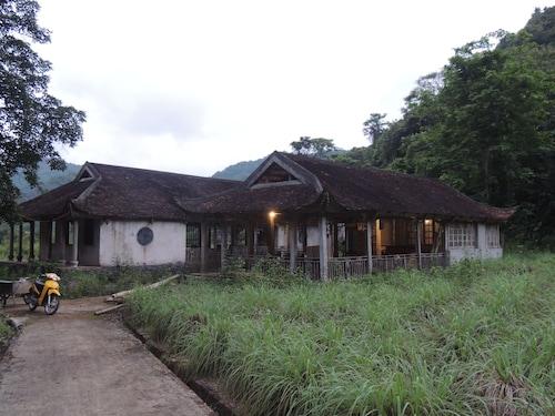The Ancient House, Cát Hải