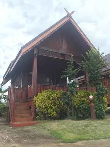 The Little Garden Resort, Si Wilai