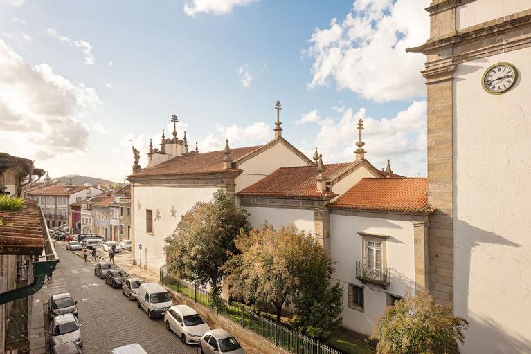 Porta 34, Braga