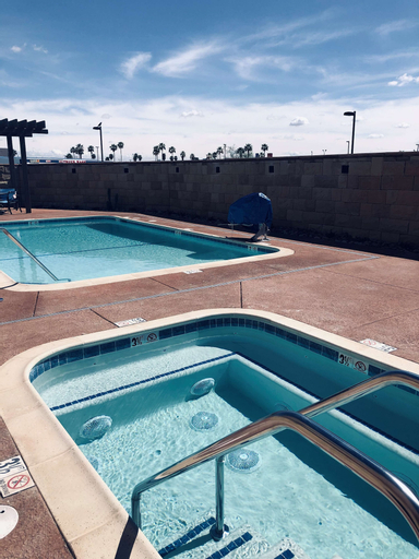 Best Western Plus Desert View Inn & Suites, Riverside