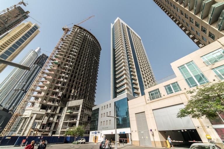 Vacation bay Burj Al Noujum Tower,