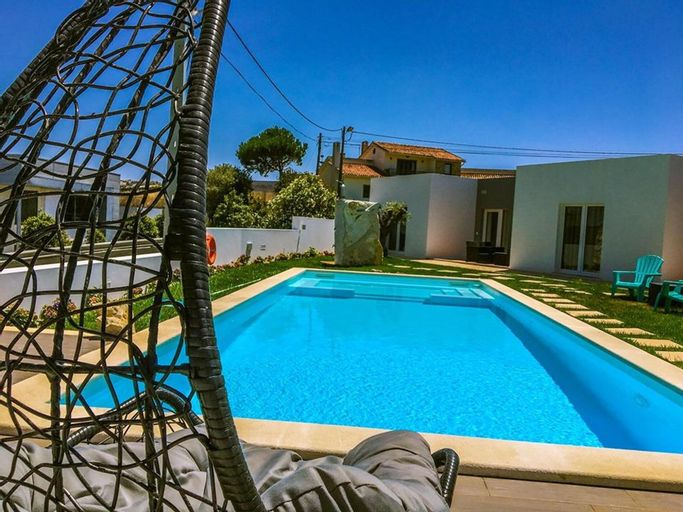 House With 3 Bedrooms in Atalaia, With Shared Pool, Enclosed Garden and Wifi - 3 km From the Beach, Lourinhã