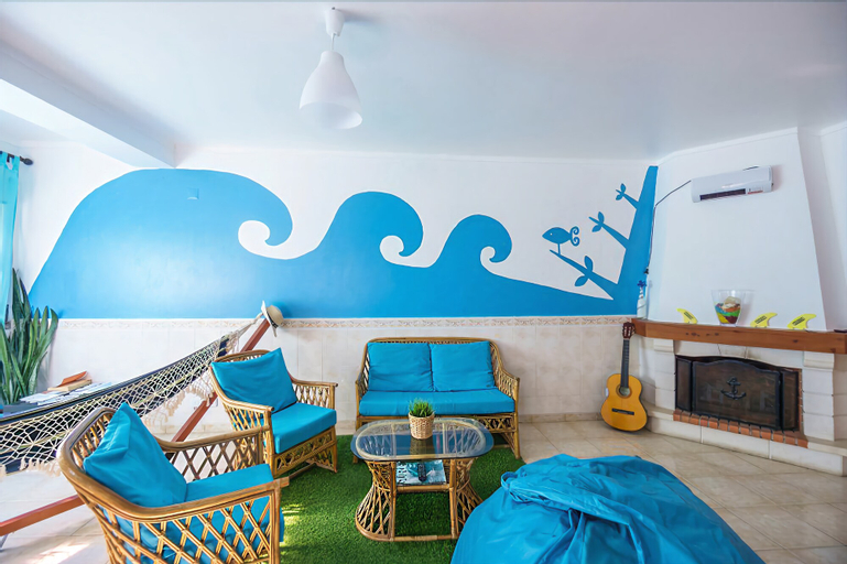 H2O Surfguide Hostel, Peniche