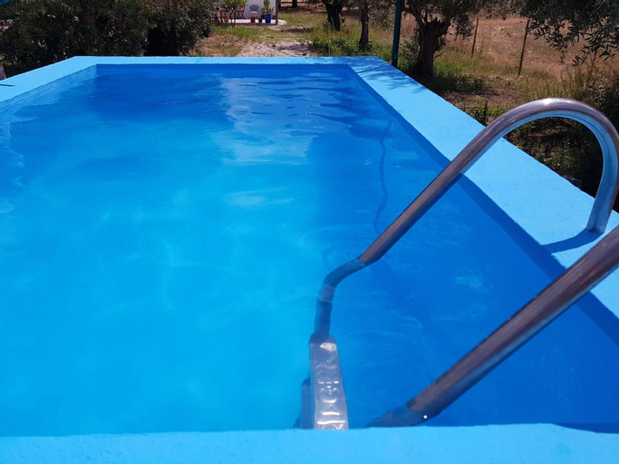 House With one Bedroom in Santarém, With Shared Pool, Furnished Terrace and Wifi, Santarém