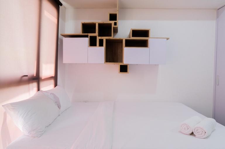 Contemporary Minimalist Studio Casa de Parco Apartment By Travelio, Tangerang Selatan