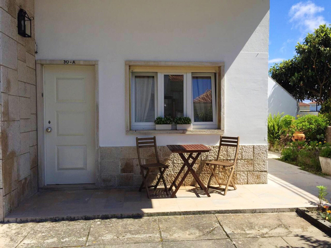 House With 2 Bedrooms in São Martinho do Porto, With Furnished Balcony and Wifi - 300 m From the Beach, Alcobaça