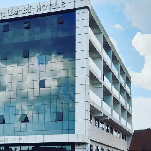 Mulandabi hotels, Kigulu