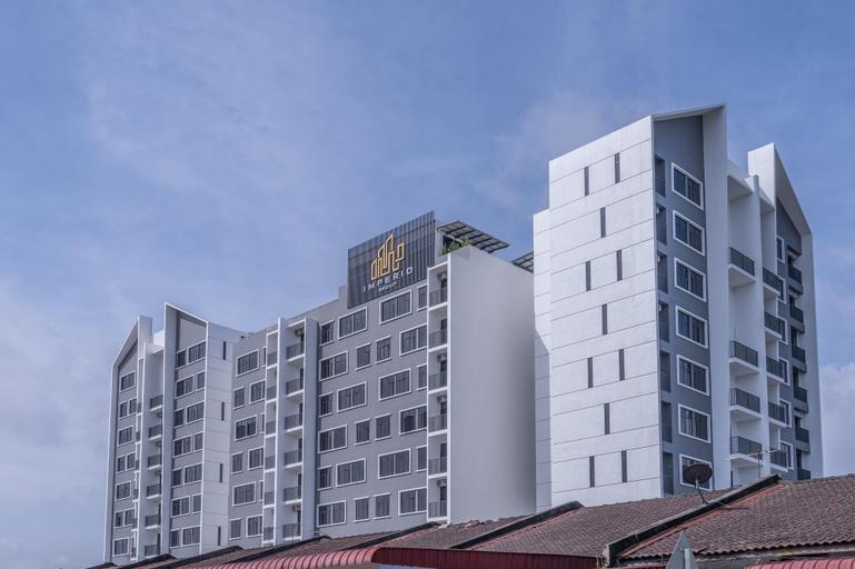 OYO Home 89574 Studio Imperio, Pokok Sena