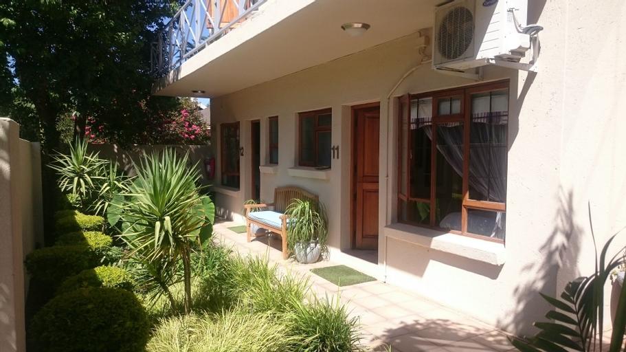 Rene's Guest House, Pixley ka Seme