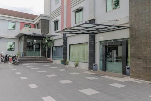 RedDoorz near Palembang Airport, Palembang