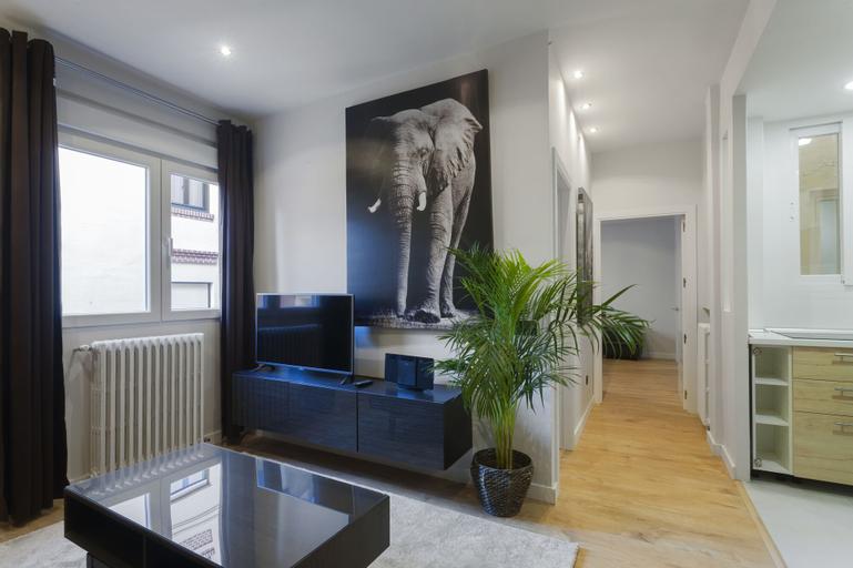 Dobo Rooms Gran Via 5, Madrid