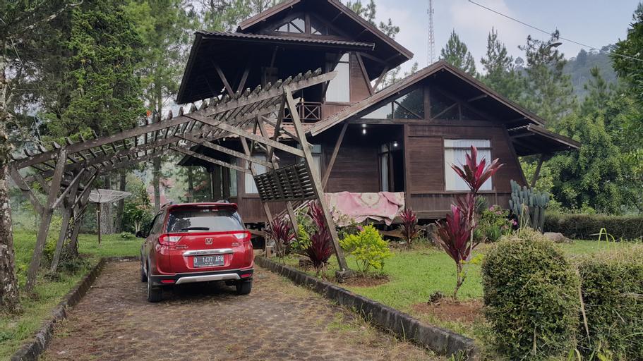 Aubrey Villa Ciwidey, Bandung