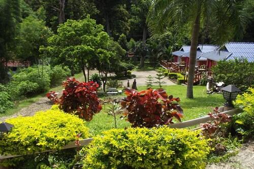 Phuchomjan Resort, Muang Mae Hong Son
