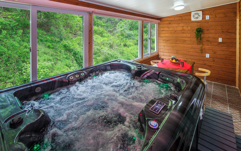 Sky Wind and Star SPA Pension, Pocheon