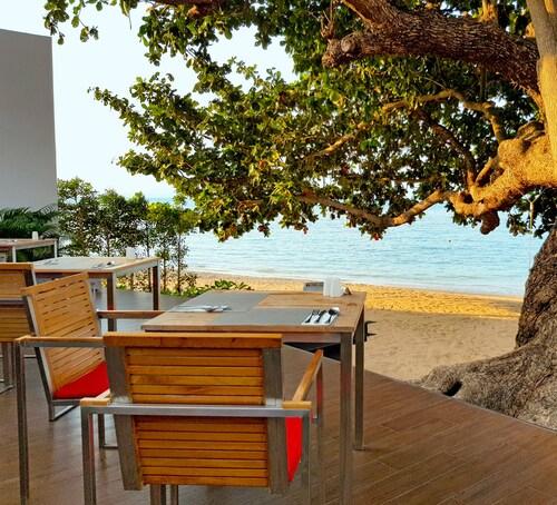 The COAST Adults Only Resort and Spa - Koh Phangan (Pet-friendly), Ko Phangan
