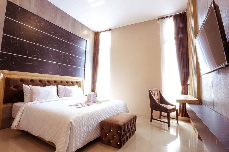 Giri Palma Hotel by ecommerceloka, Malang