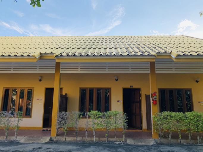 Srisupawadee Resort, Muang Prachuap Khiri Khan