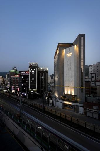 Brown-dot Gupo, Gangseo