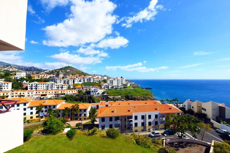 Apartment With 3 Bedrooms in Câmara de Lobos, With Wonderful sea View, Balcony and Wifi, Câmara de Lobos