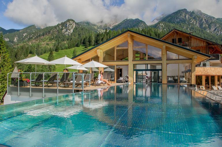 Almwellness-Resort Tuffbad, Hermagor