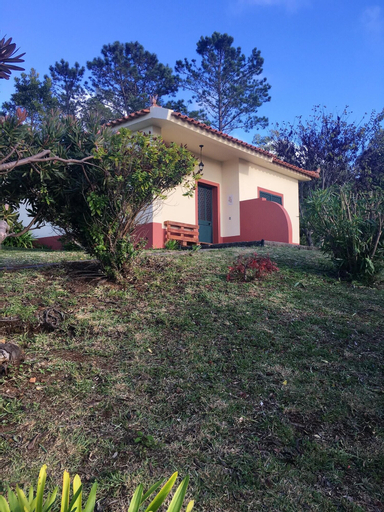 House With one Bedroom in Ponta do Pargo, With Wonderful sea View, Furnished Garden and Wifi, Calheta