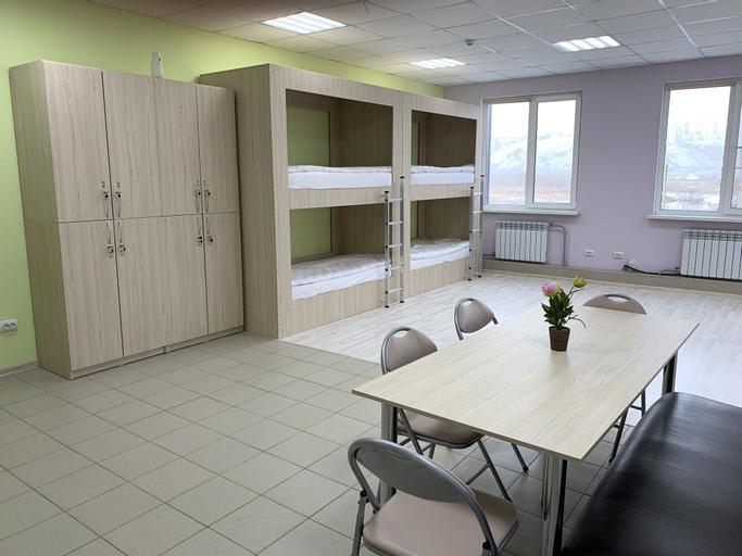 Hostel Retro, Berezovskiy rayon
