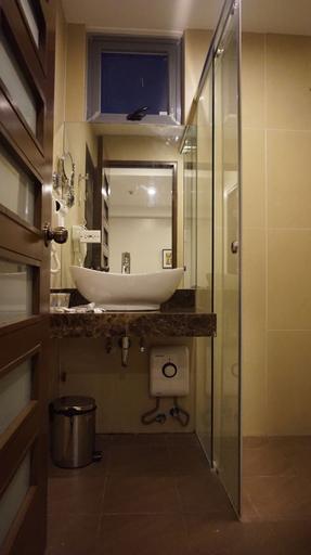 West Avenue Suites, Quezon City