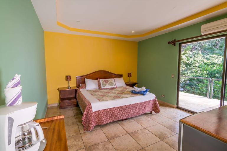 Villas Playa Hermosa Beach Hotel, Carrillo