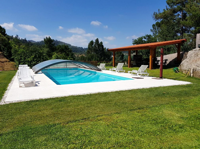 House With 4 Bedrooms in Cabeceiras de Basto, With Wonderful Mountain View, Shared Pool, Terrace, Cabeceiras de Basto
