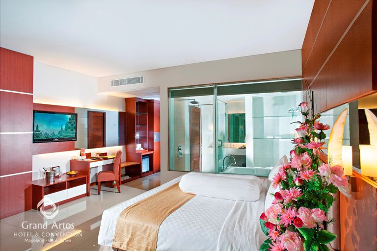 Grand Artos Hotel and Convention Magelang, Magelang