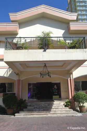 Tagaytay Country Hotel, Tagaytay City