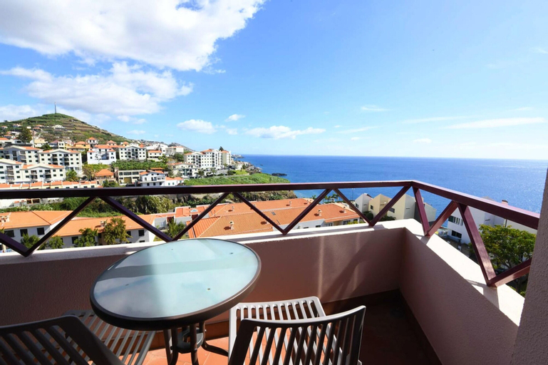 Apartment With 3 Bedrooms in Câmara de Lobos, With Wonderful sea View, Balcony and Wifi, Câmara de Lobos