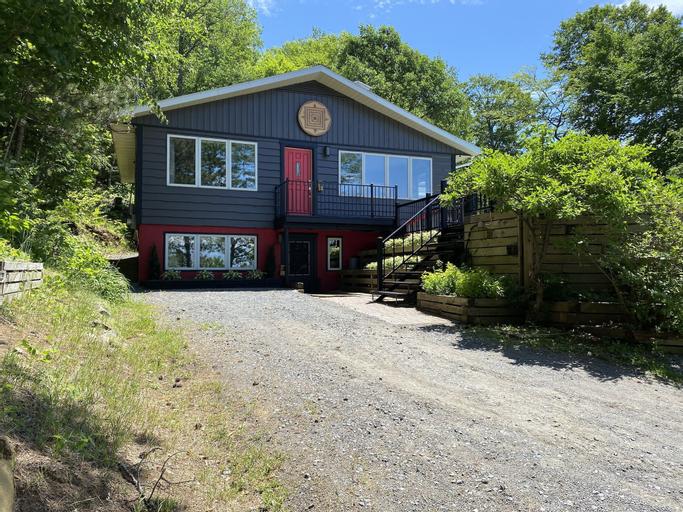 chimo cottage, Les Pays-d'en-Haut