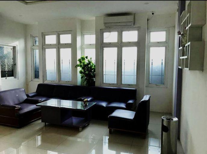 Hotel Ungu Pas Kangen Bekasi, Bekasi