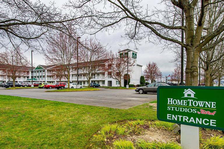 HomeTowne Studios Tacoma - Puyallup, Pierce