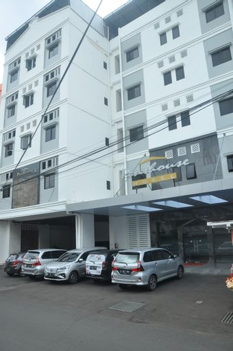 Penthouse Hotel Jakarta, Jakarta Barat