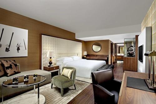 Sheraton Grand Hotel & Spa, Edinburgh, Edinburgh