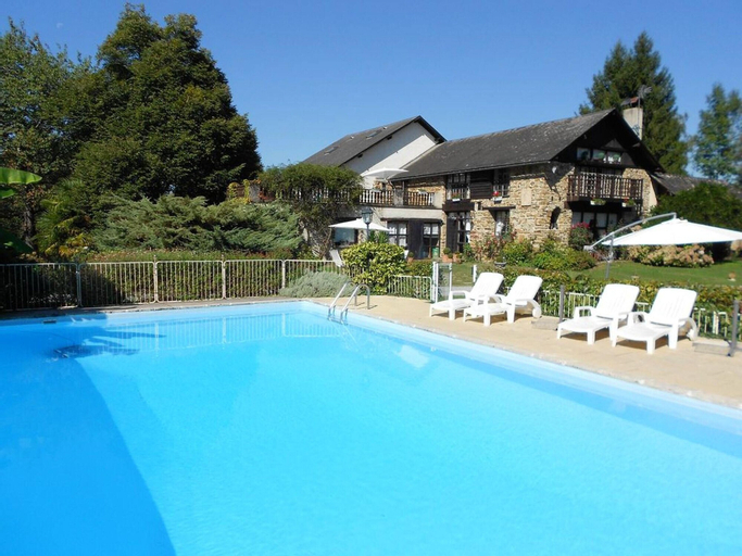 Villa With 8 Bedrooms in Haut-de-bosdarros, With Private Pool, Furnished Garden and Wifi - 130 km From the Beach, Pyrénées-Atlantiques