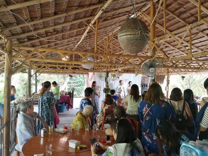 Num Chaykhong, Muang Nakhon Si Thammarat
