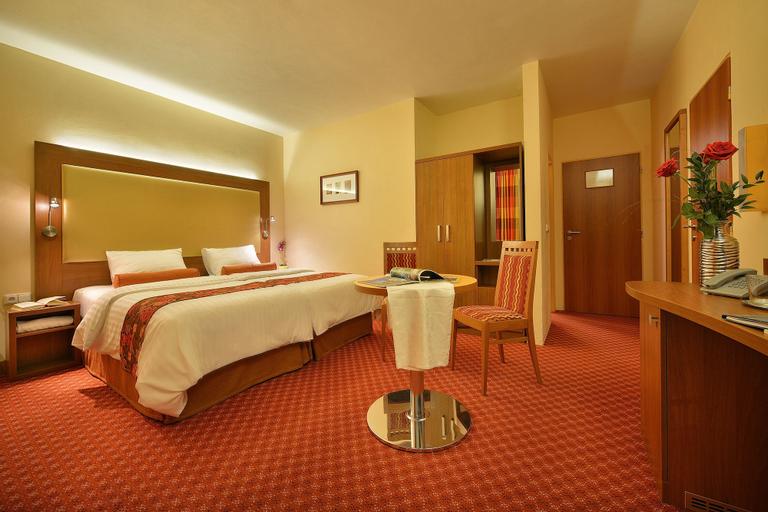 Maxmilian Lifestyle Resort, Nymburk